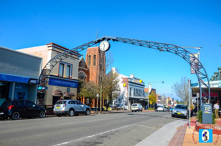 Katoomba's town clock on Katoomba Street.