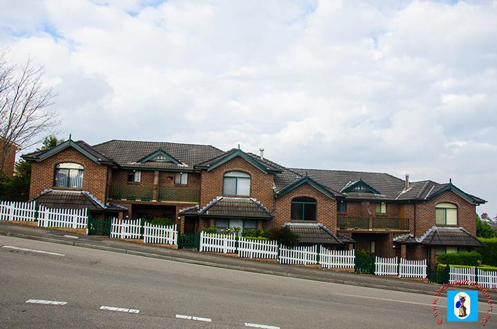 Modern houses along Katoomba Street.